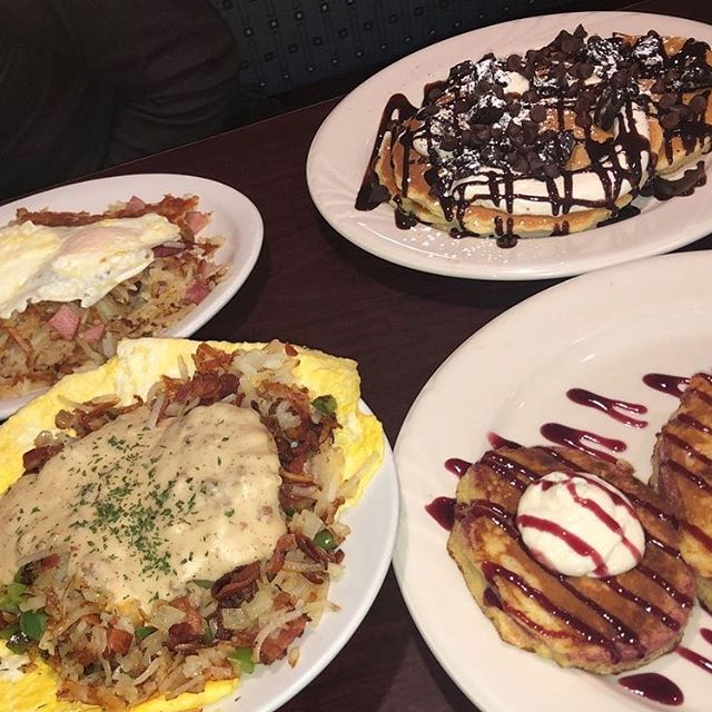 Lena S Kitchen One Of Michigan S Favorite Breakfast Spot